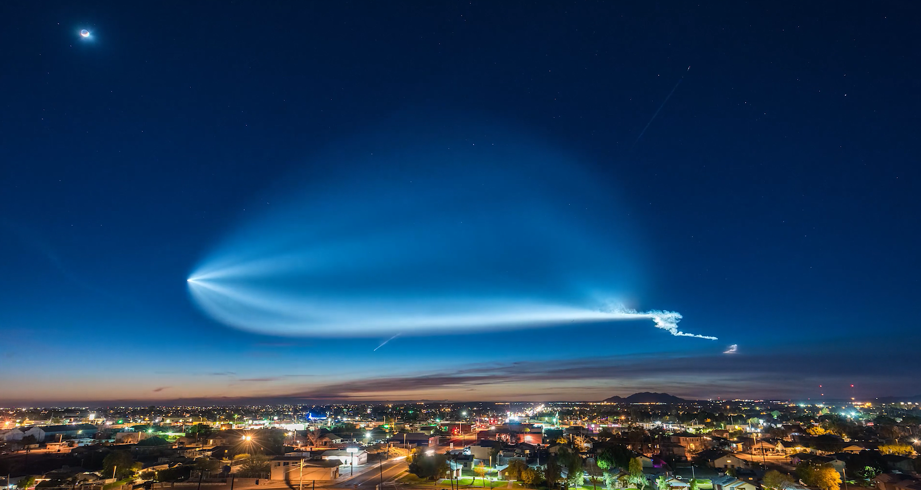 SpaceX Falcon 9 Rocket Launch Timelapse →
